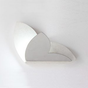 Applique Farfalla in pietra leccese ed acciaio satinato