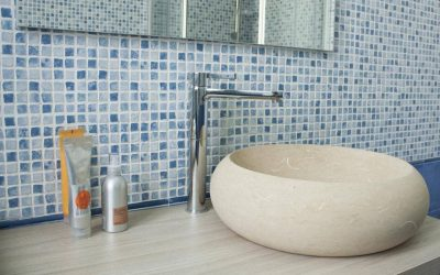 Bagni in pietra leccese, un'oasi di benessere a casa tua